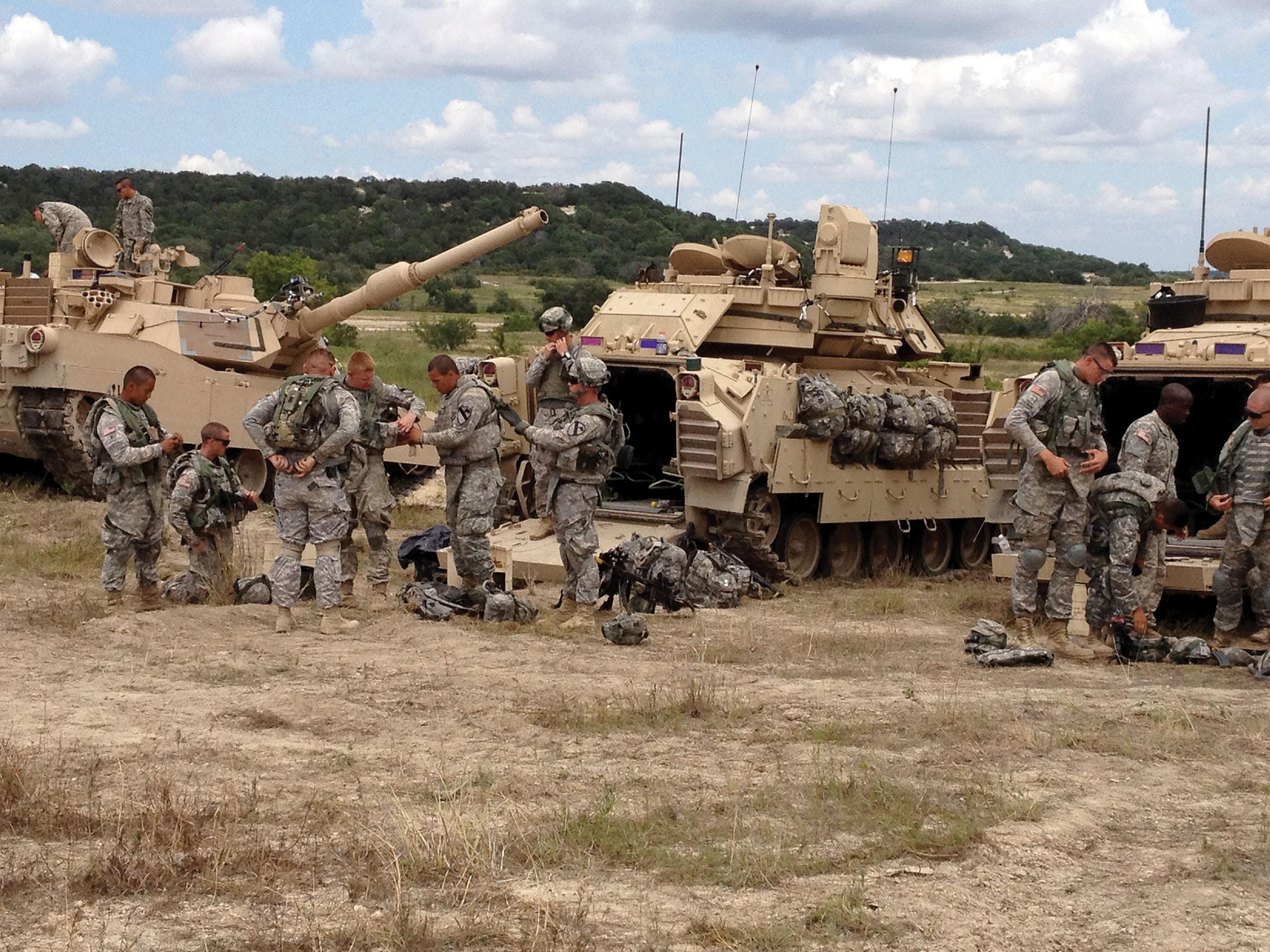 Soldiers at Fort Hood, TX, prepare to participate in the live portion of LVC-IA testing. (U.S. Army photo)