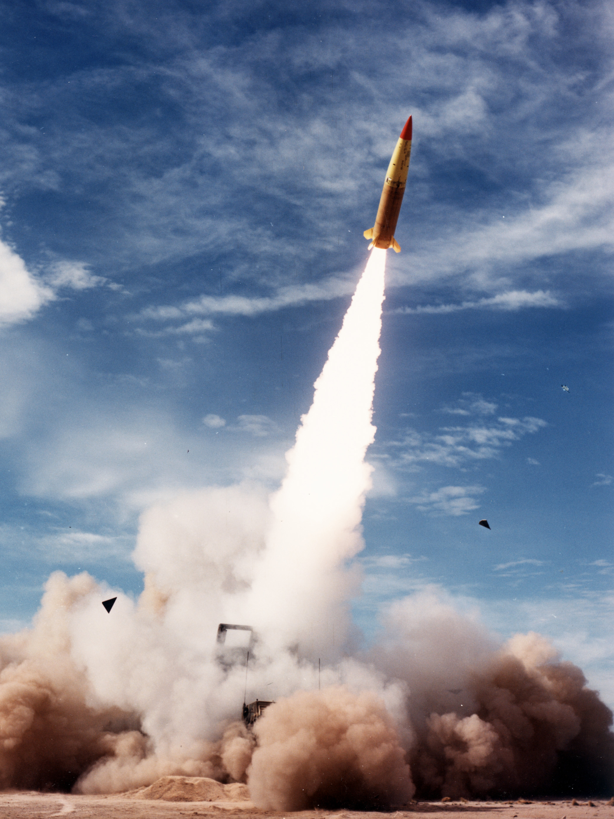 One of the last of 15 ATACMS tested during IOT&E heads skyward at White Sands Missile Range on May 24, 1990. (Photo by George Baird)
