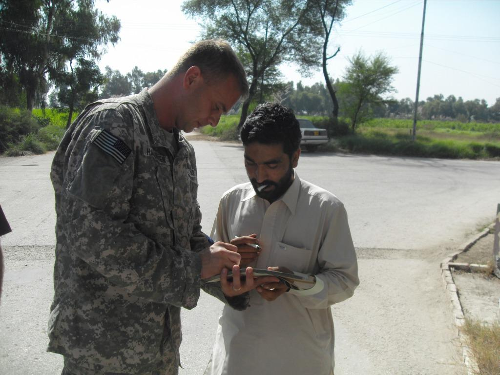For Contingency Contracting Officers, Humanitarian Relief Efforts in Pakistan Yield Valuable Lessons