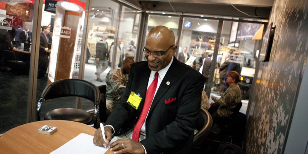 Acquisition Career Counselors Kept Busy at AUSA Annual Meeting