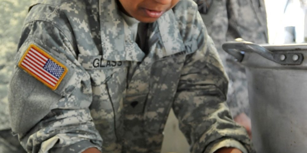 Army Reserve Soldiers Get Cooking at Connelly Competition